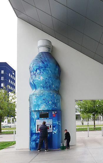 Vandmaskine hvor man kan fylde sin flaske